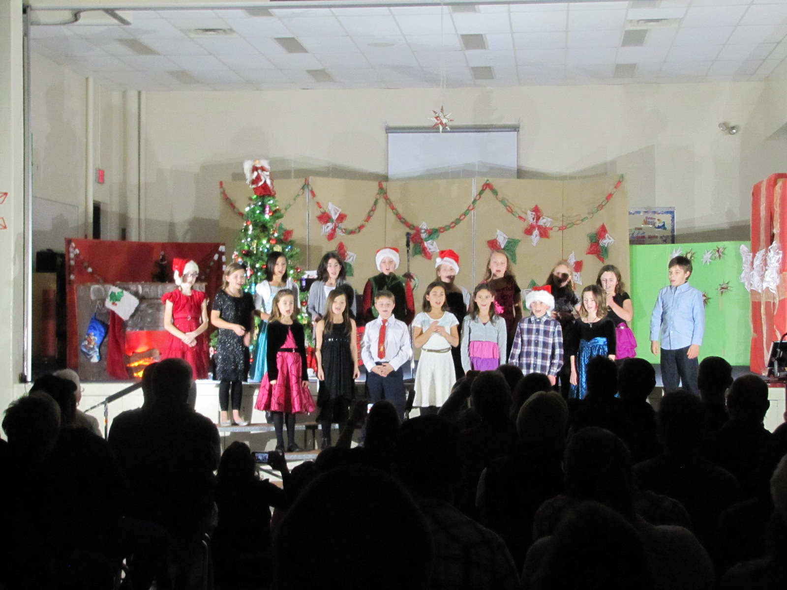 2014-12-17 TV School Christmas Concert 004