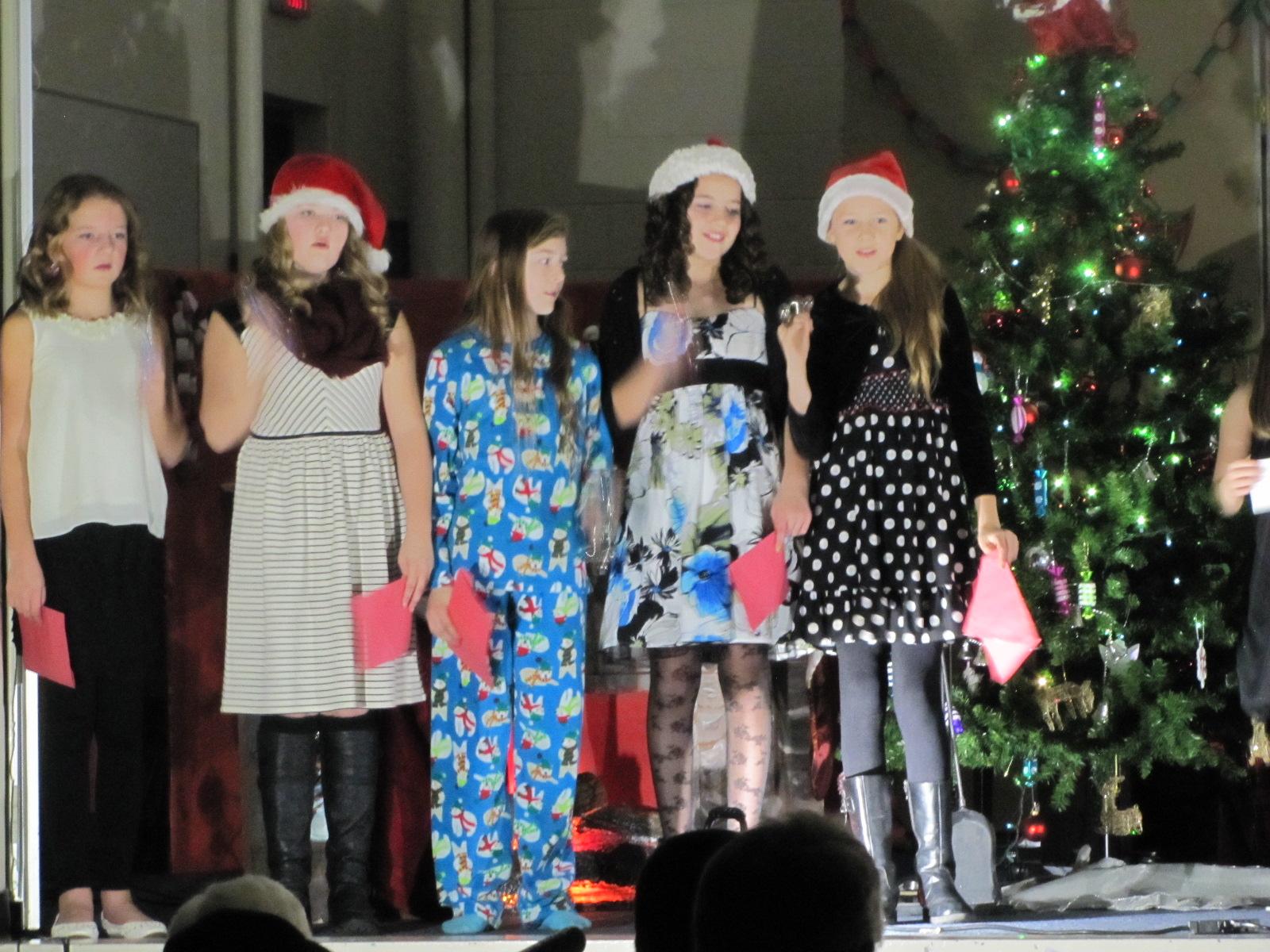 2014-12-17 TV School Christmas Concert 007