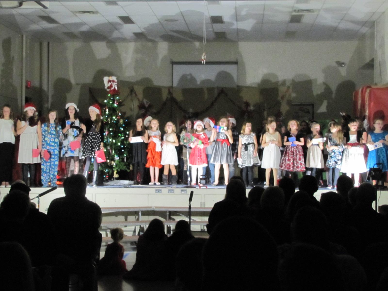 2014-12-17 TV School Christmas Concert 008