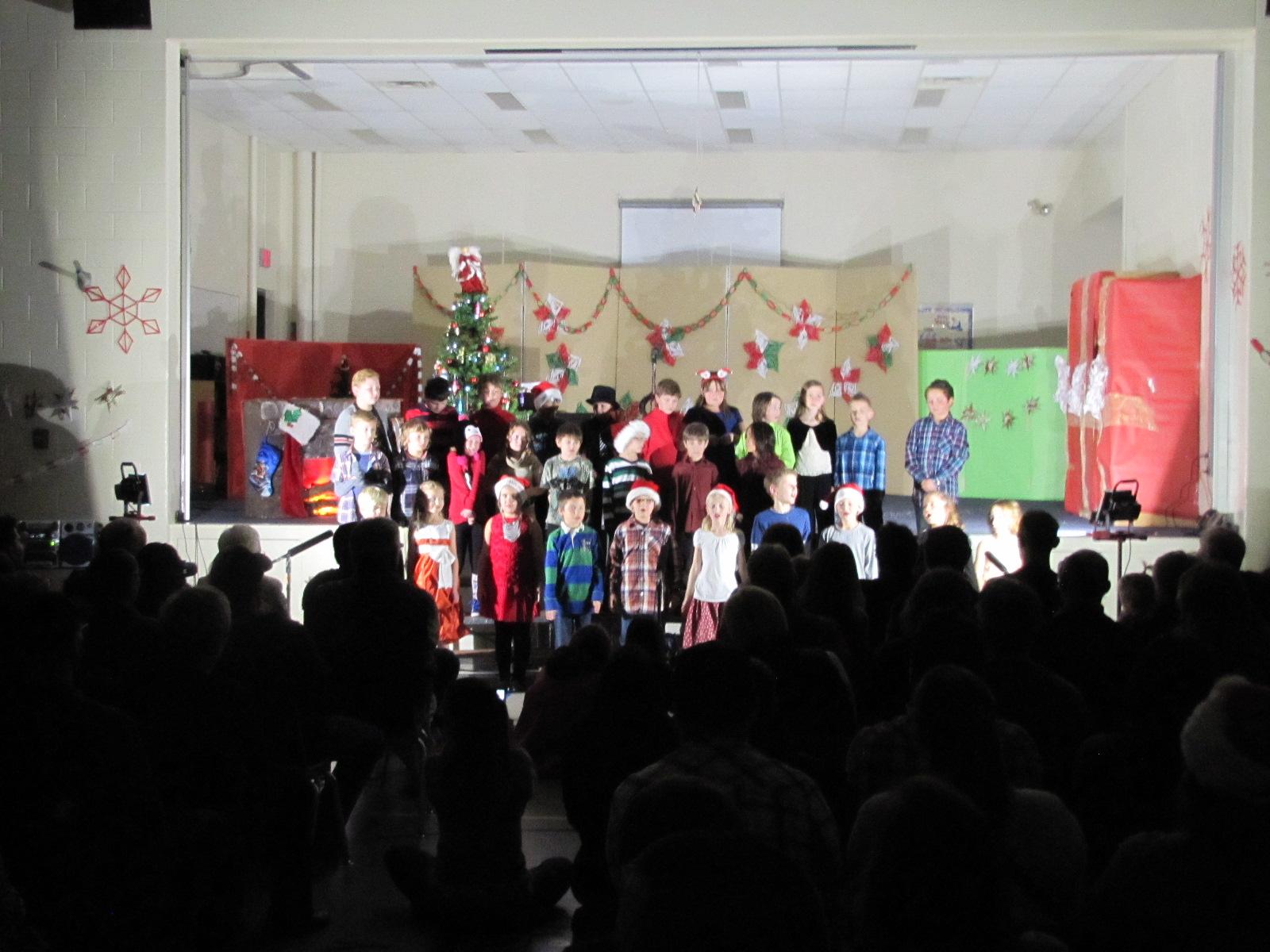2014-12-17 TV School Christmas Concert 010