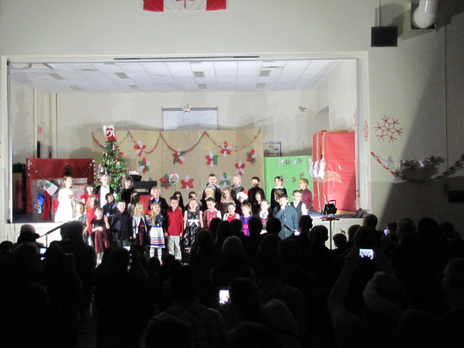 2014-12-17 TV School Christmas Concert 011