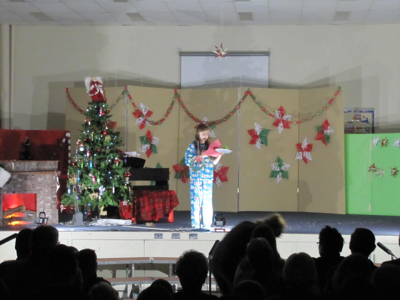 2014-12-17 TV School Christmas Concert 015