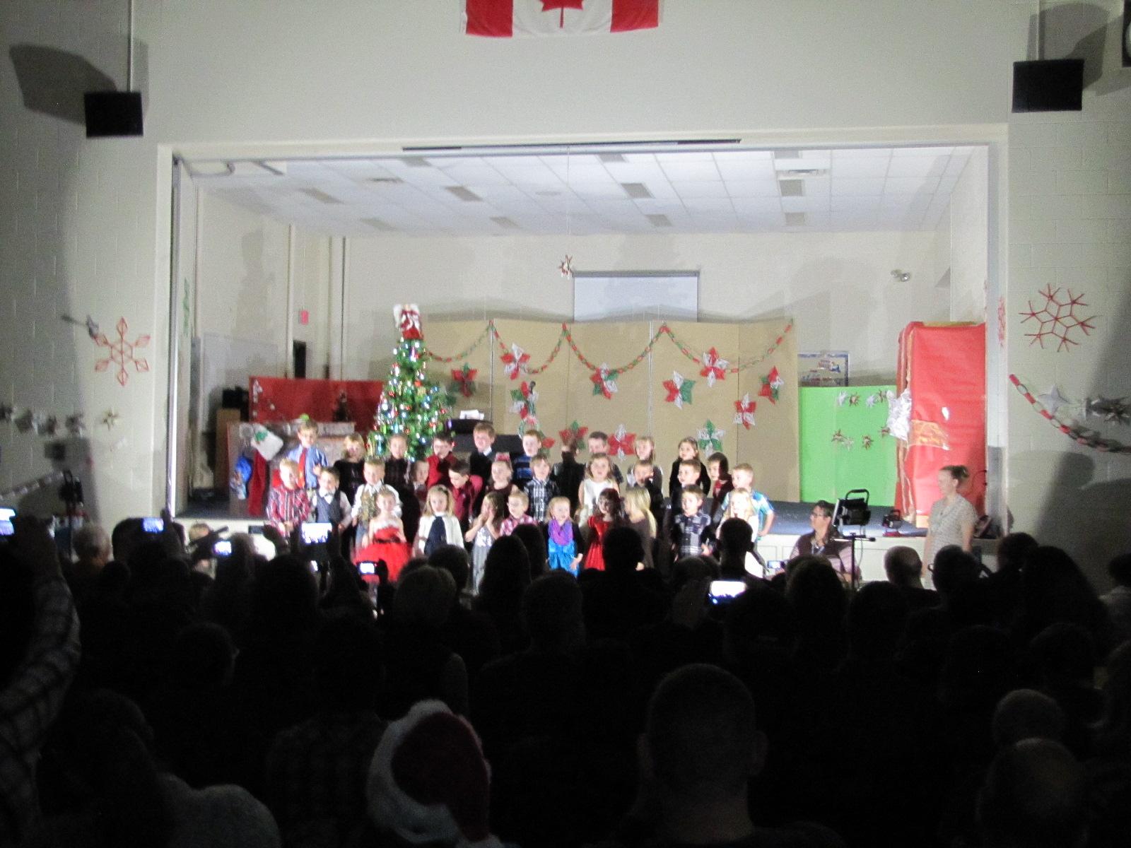 2014-12-17 TV School Christmas Concert 016