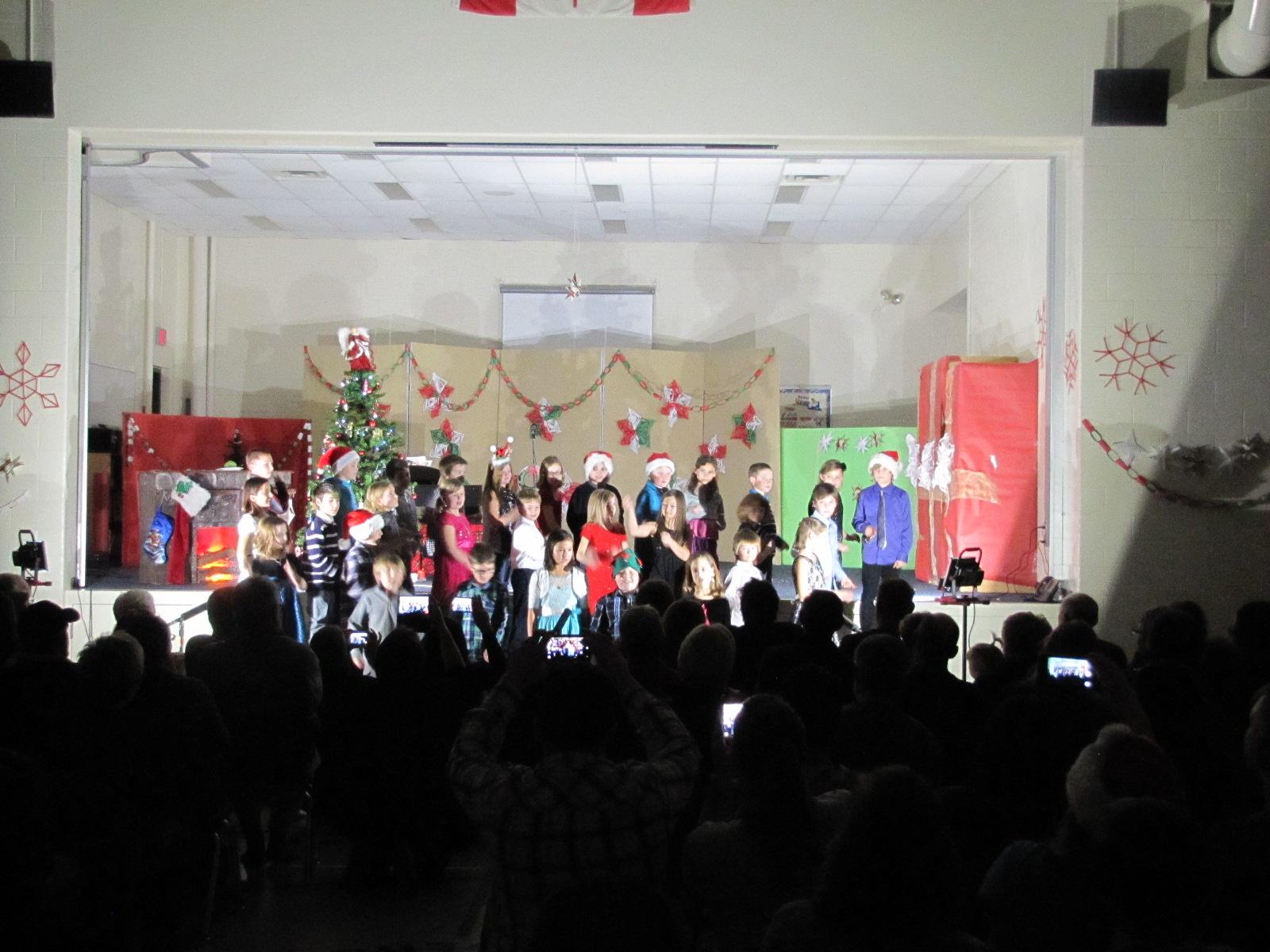 2014-12-17 TV School Christmas Concert 018