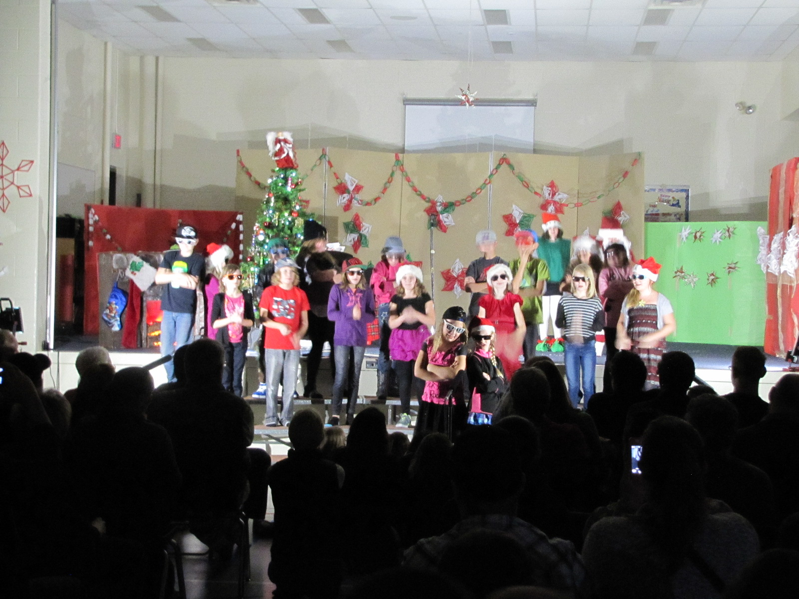 2014-12-17 TV School Christmas Concert 019