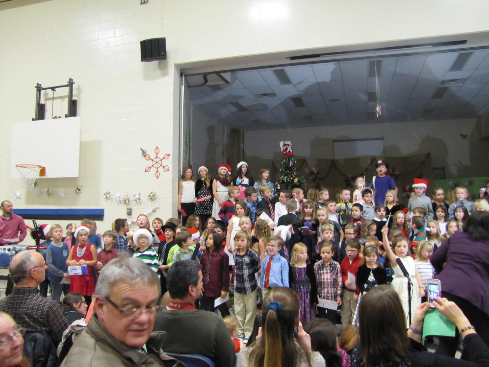 2014-12-17 TV School Christmas Concert 023