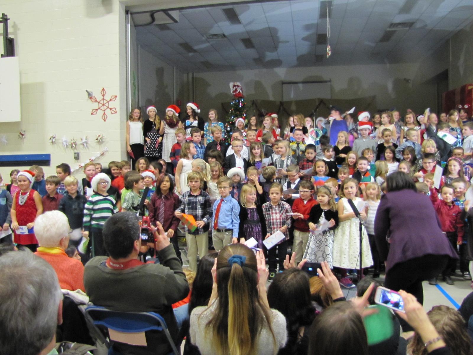 2014-12-17 TV School Christmas Concert 024