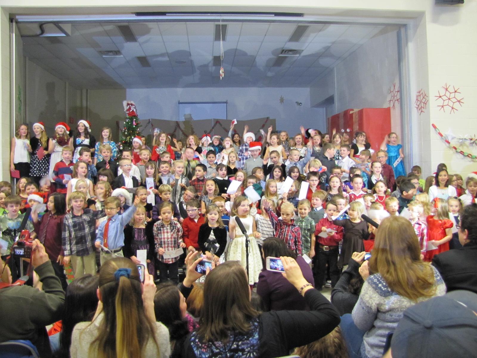 2014-12-17 TV School Christmas Concert 025