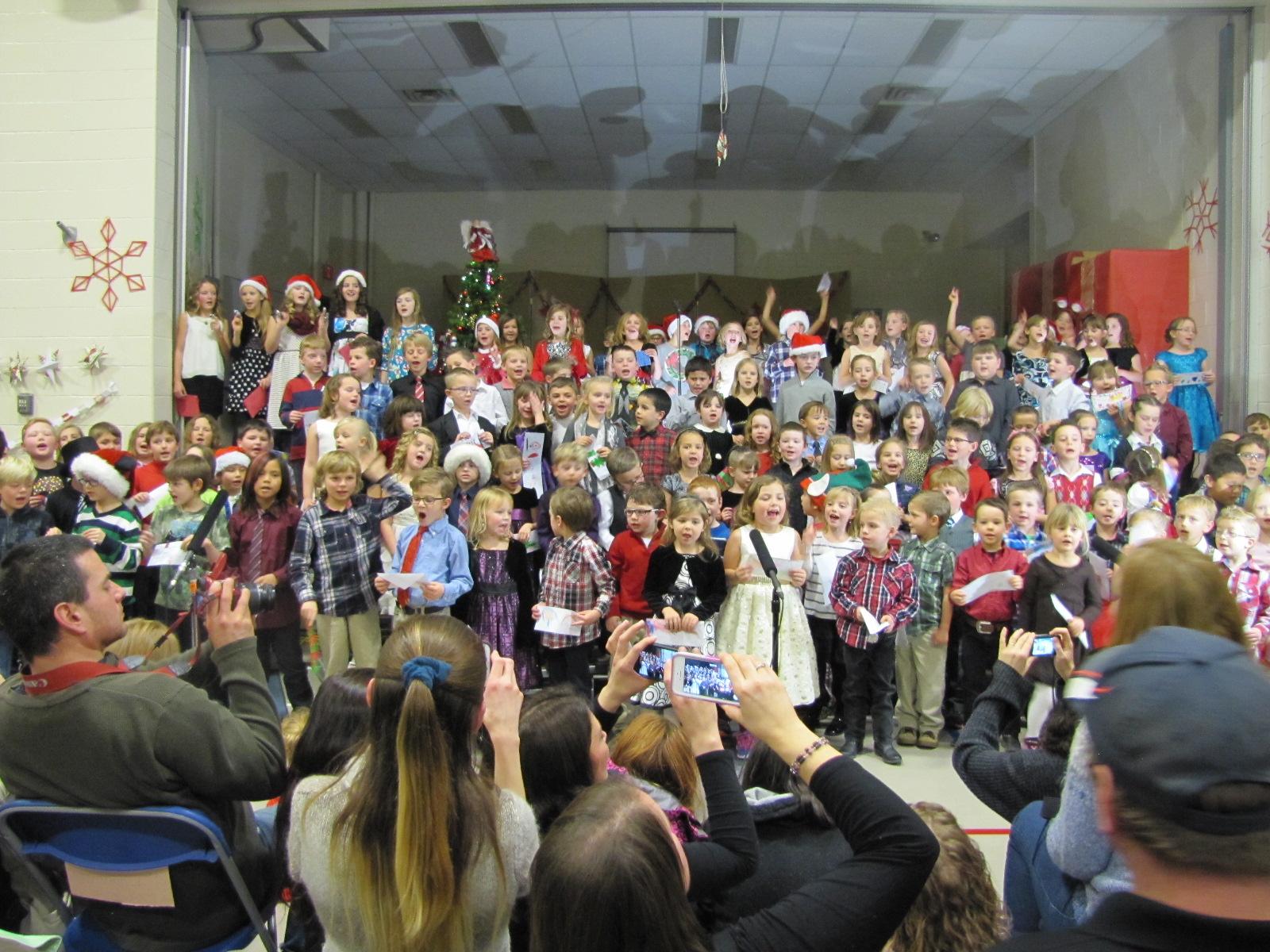 2014-12-17 TV School Christmas Concert 026